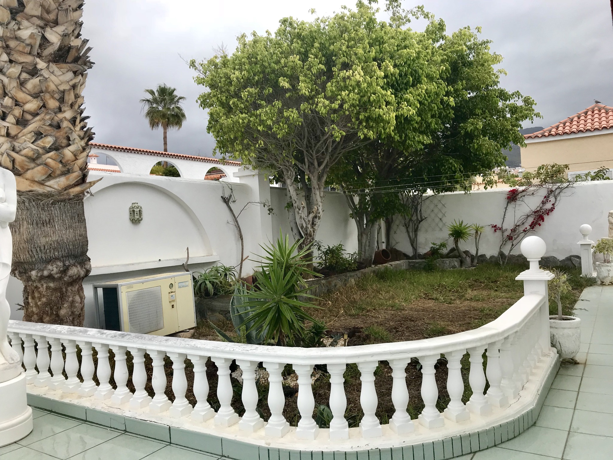 Villa - Callao Salvaje - H.S.
